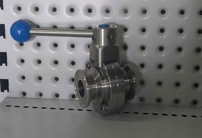 Picture of Butterfly Valve (Tri Clover Compatible)1.5""